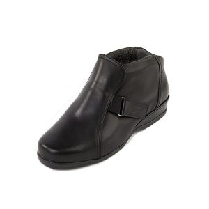 Barla ladies extra-wide boot with fastening tabs