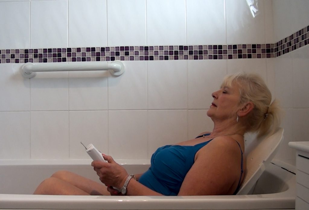 Bathing-Lift-Image